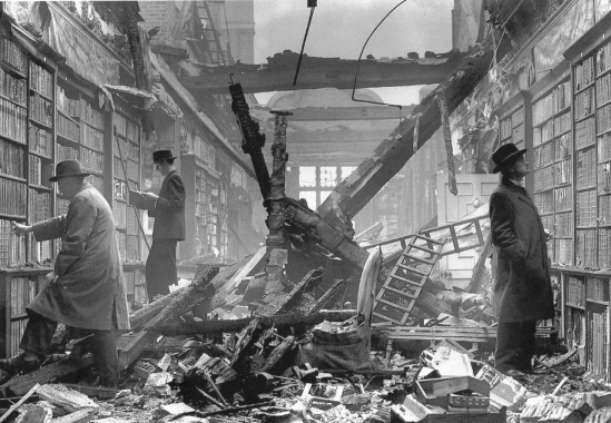 Reading despite a World War London bookshop
